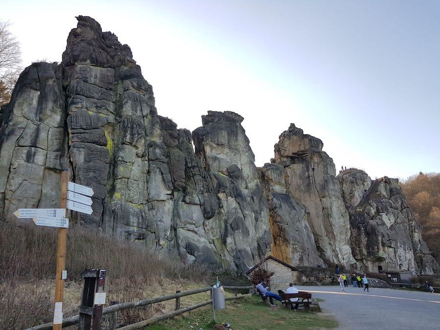 """Der korrekte Name der Felsformationen lautet nicht """"Extersteine"""", sondern Externsteine"""