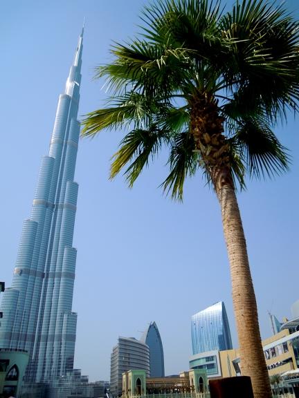 Darf in keinem Dubai-Städteurlaub fehlen: Burj Khalifa und Dubai Mall beim Stopover