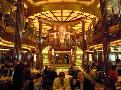 Britannia Restaurant auf Queen Elizabeth