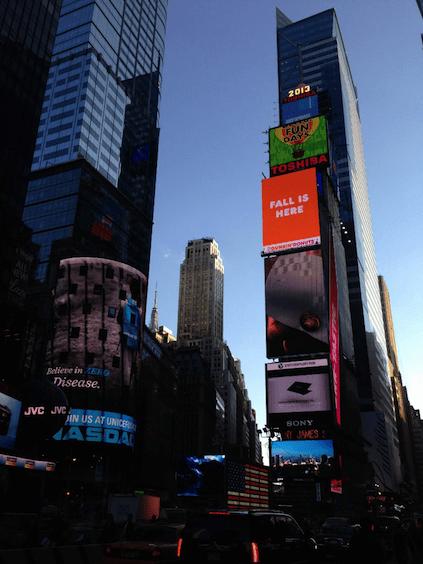 Ein Muss während unserer 24 Stunden in New York: Times Square