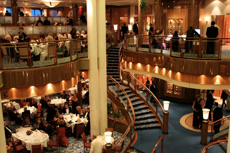 Dresscode Queen Mary 2: Formeller Abend