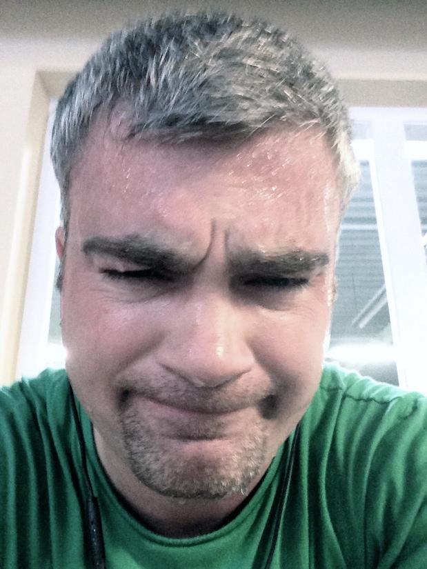 Nun ist es passiert: Ich schwitze im Fitnessstudio
