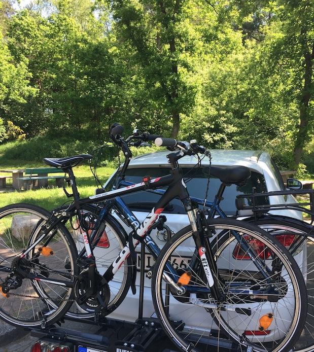 Fahrradträger für Anhängerkupplung für unsere erste Radreise