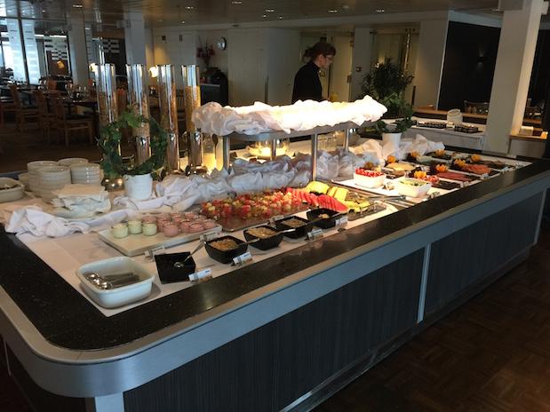 Frühstück im Little Italy Restaurant auf Minikreuzfahrt mit DFDS Seaways