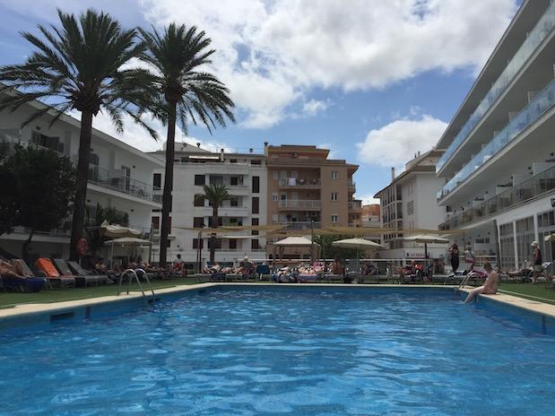 Mallorca-Urlaub im 18+ Hotel in Alcudia