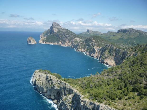 Blick zum Cap de Formentor auf Mallorca