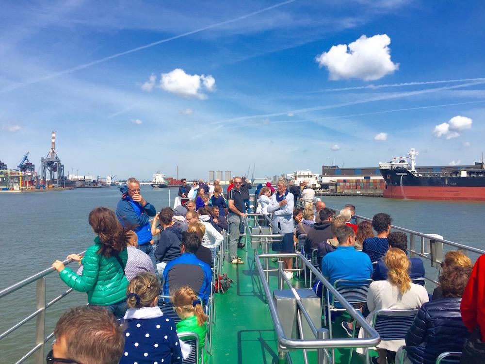 An Bord eines der Spiro-Schiffe im Hafen Rotterdam