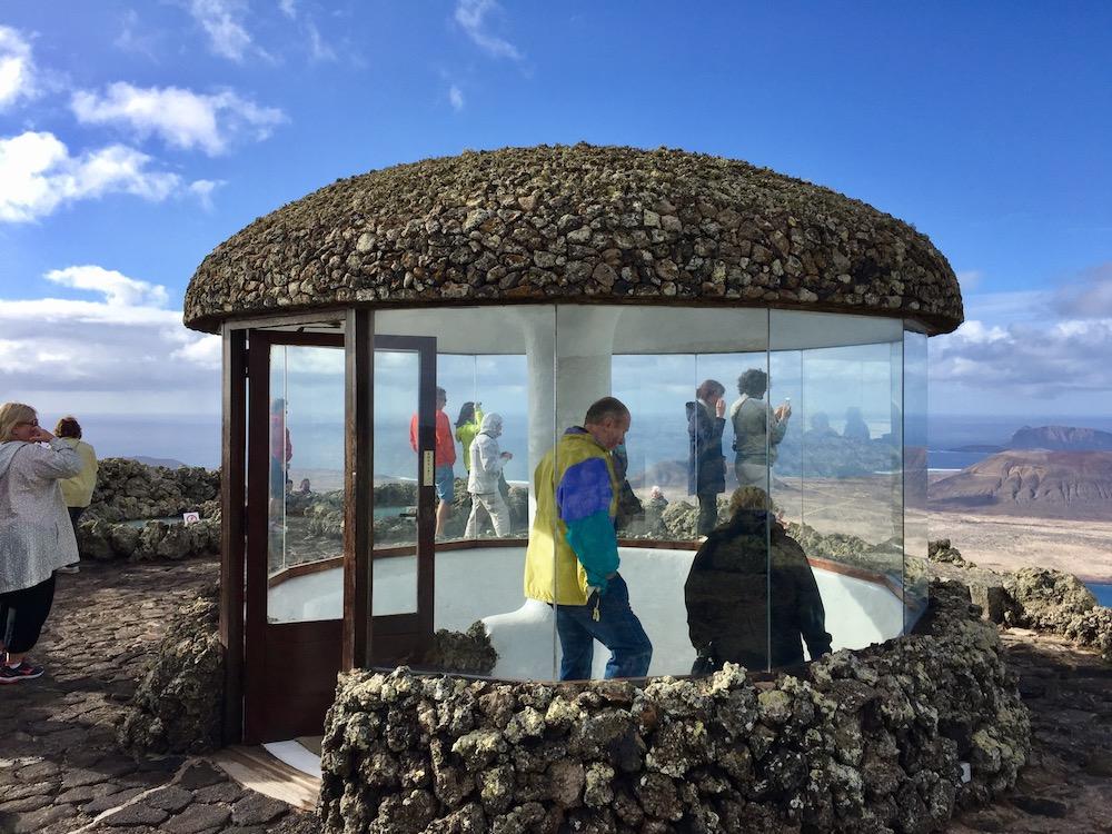 Retro-futuristische Architektur von César Manrique auf Lanzarote