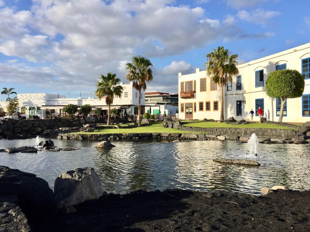 Der schöne Urlaubsort Playa Blanca auf Lanzarote
