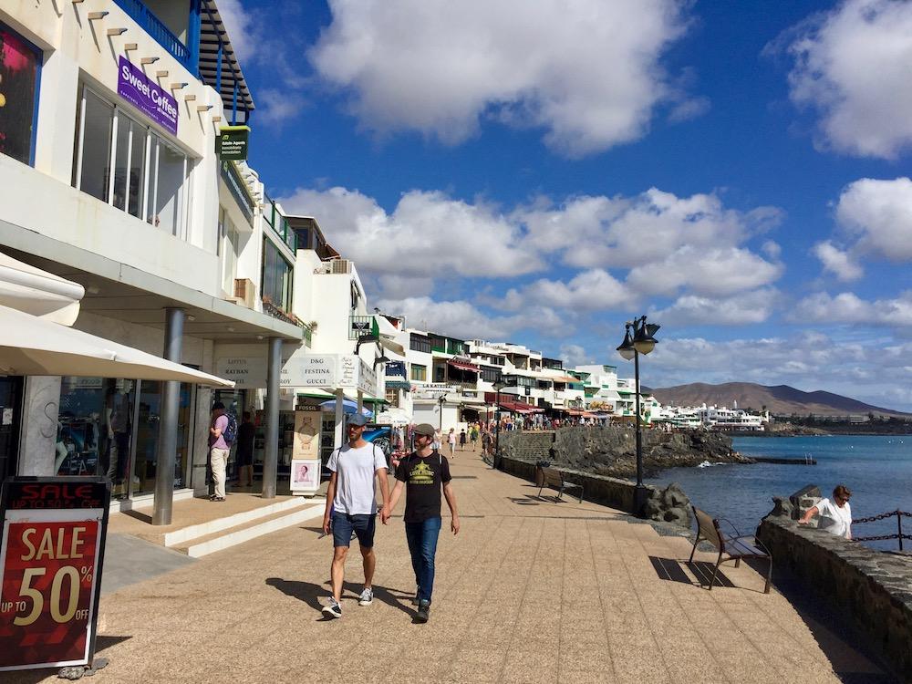 Schwule Urlauber können sich in Playa Blanca sicher fühlen