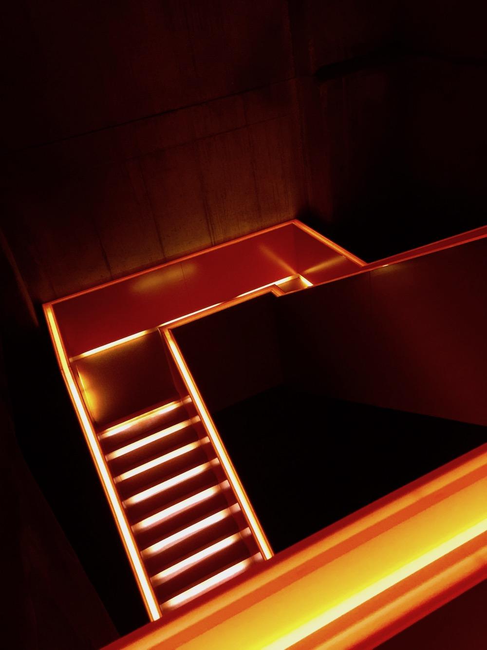 Das orange Treppenhaus der Zeche Zollverein ist ein beliebtes Fotomotiv