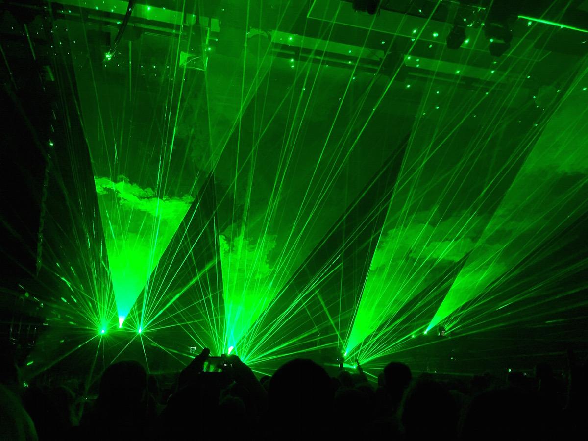 "Pet Shop Boys-Konzert in Hannover: Grüne Laser-Show beim Song ""Vocal"""