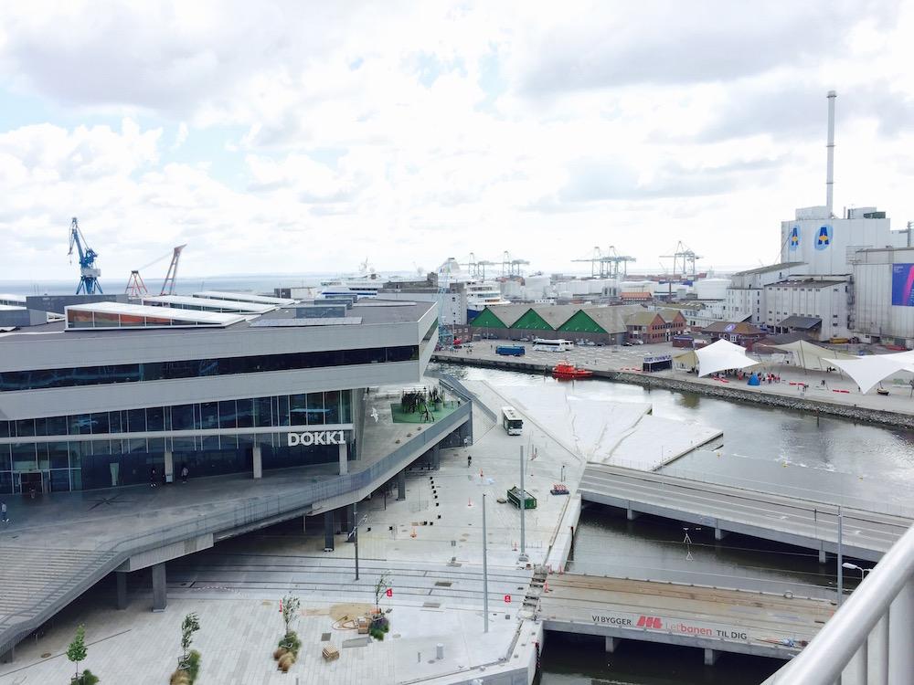 Dokk1 - beeindruckende Architektur an der Hafenfront
