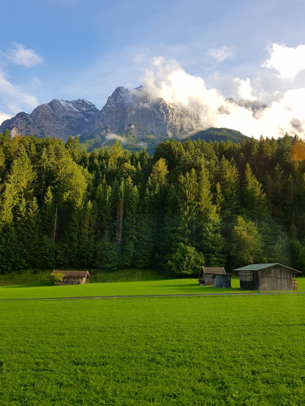 Fahrt mit der Zugspitzbahn ab Garmisch-Partenkirchen zur Zugspitze