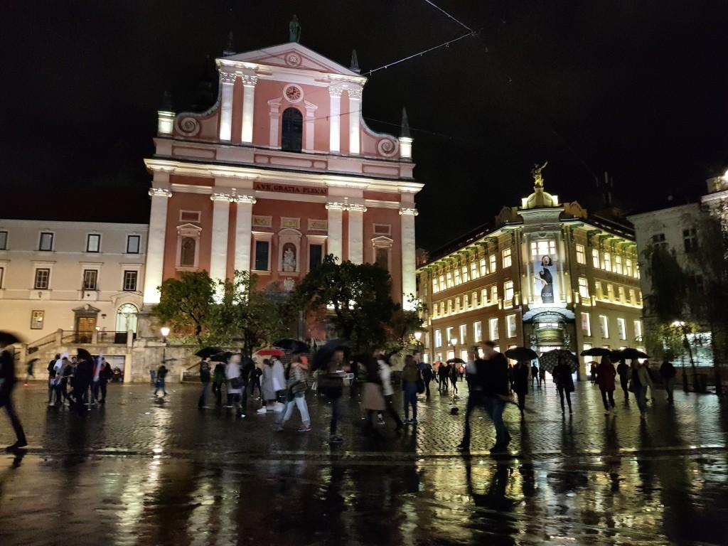 Städtereise nach Ljubljana im Regen