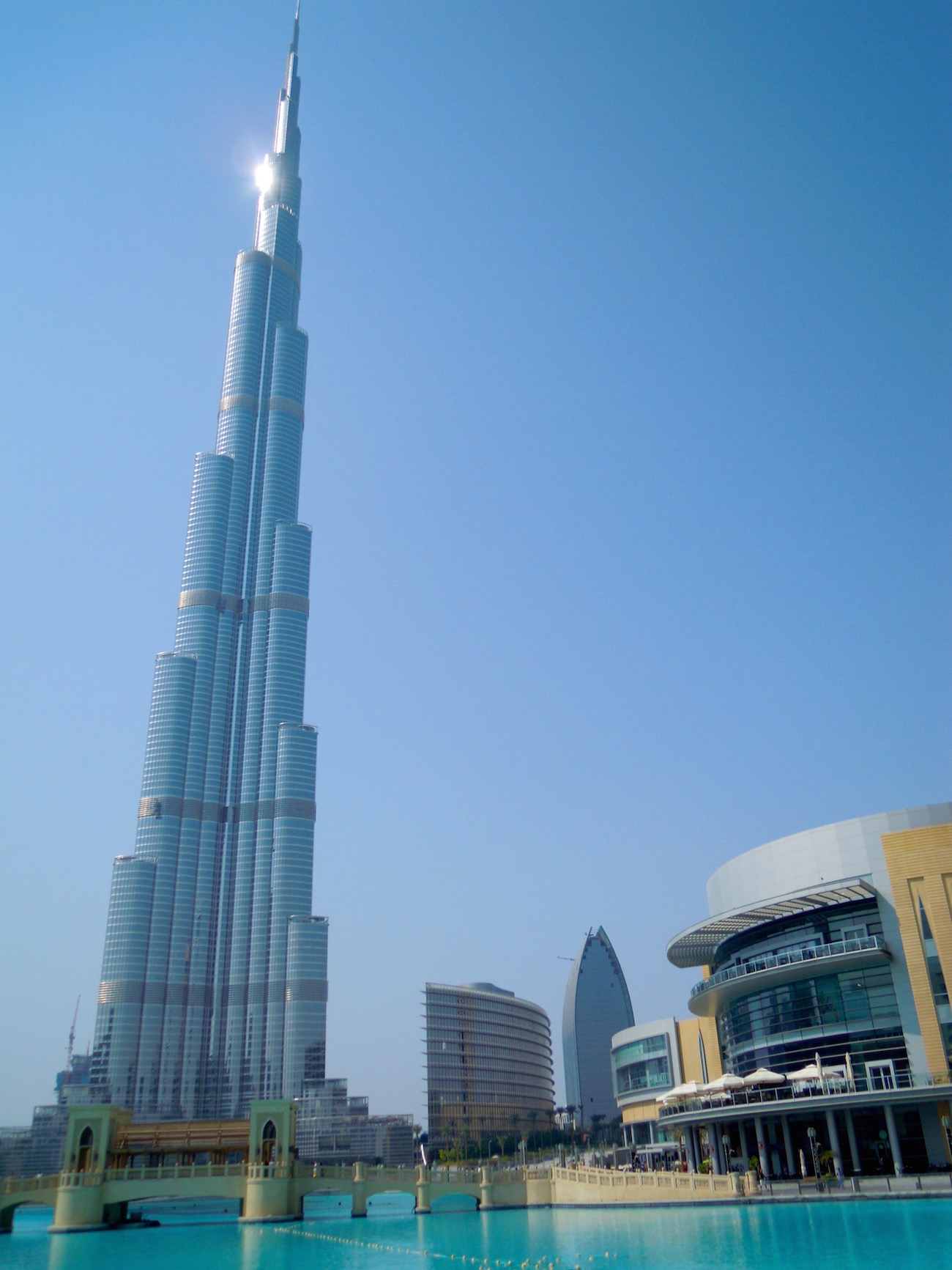 Sollten Gays nach Dubai reisen? Dubai Mall und Burj Khalifa