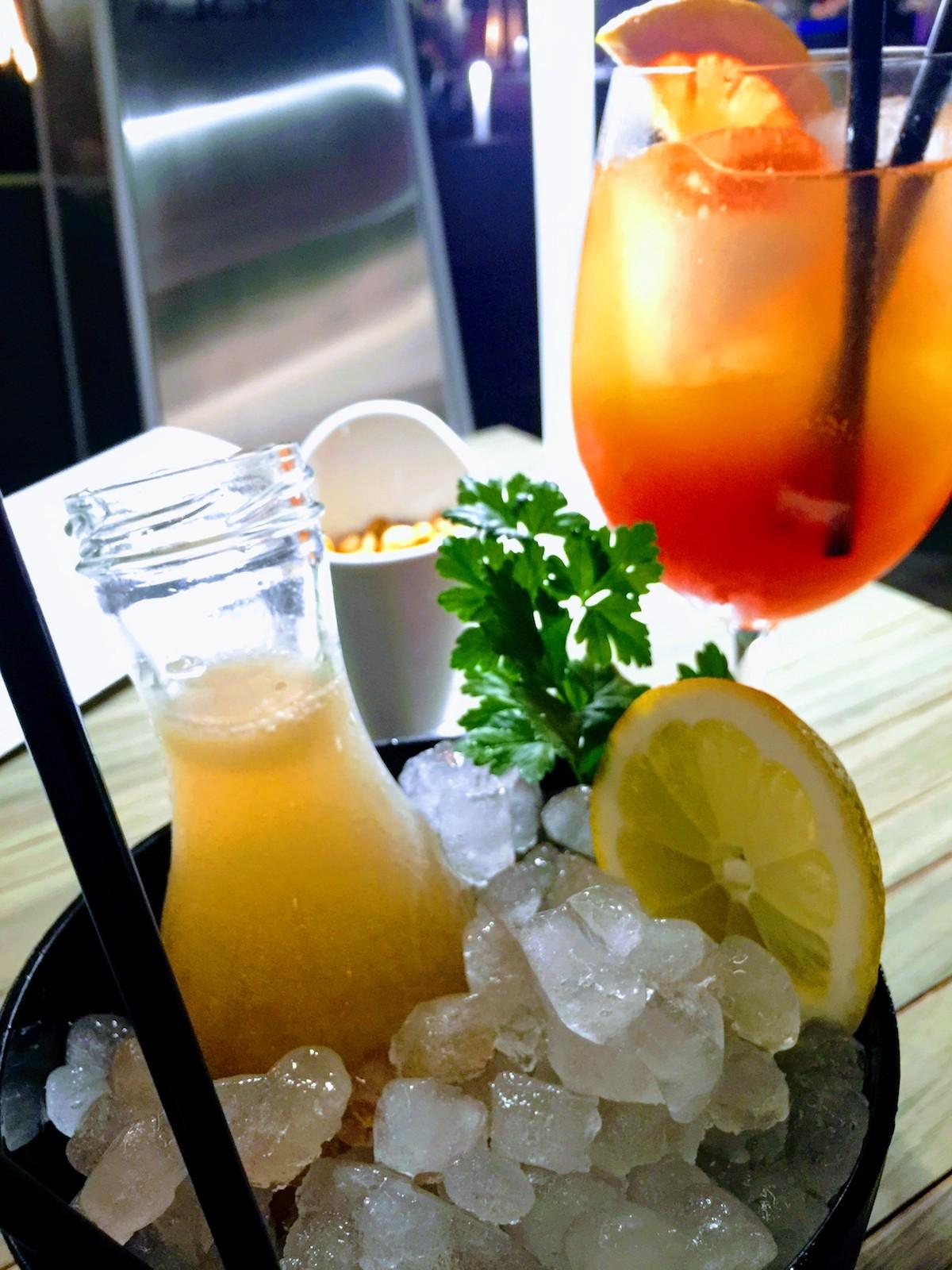 Romantik auf Gran Canaria: Cocktails für verliebte Paare in Meloneras