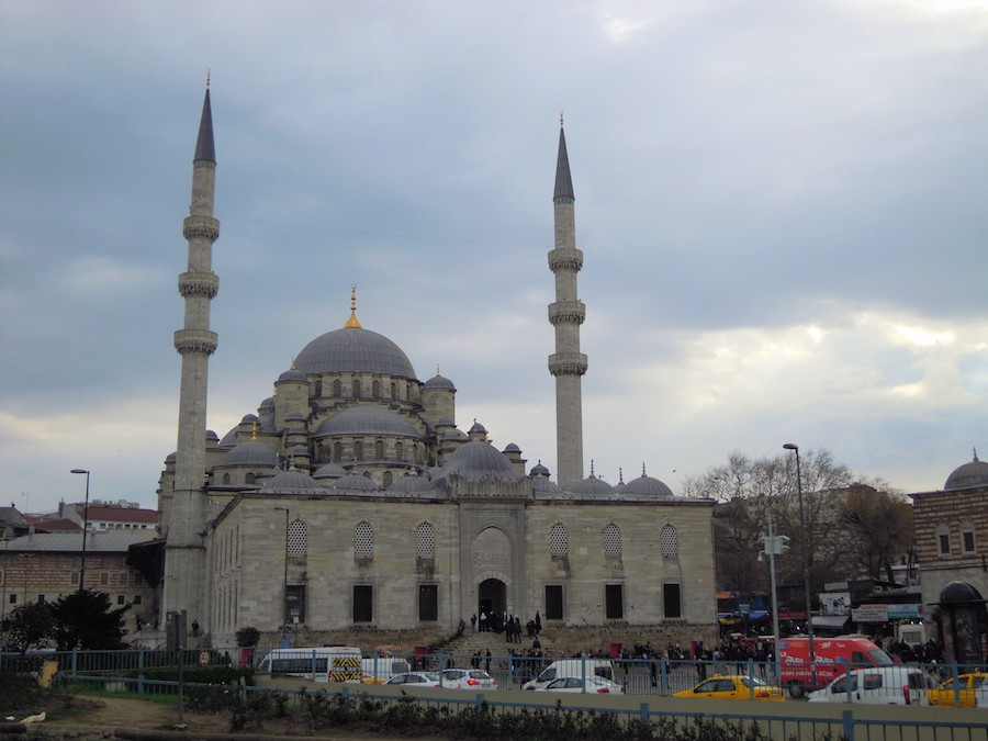 Ramadan Reisen Tipps - Was müssen Urlauber in muslimischen Ländern beachten?