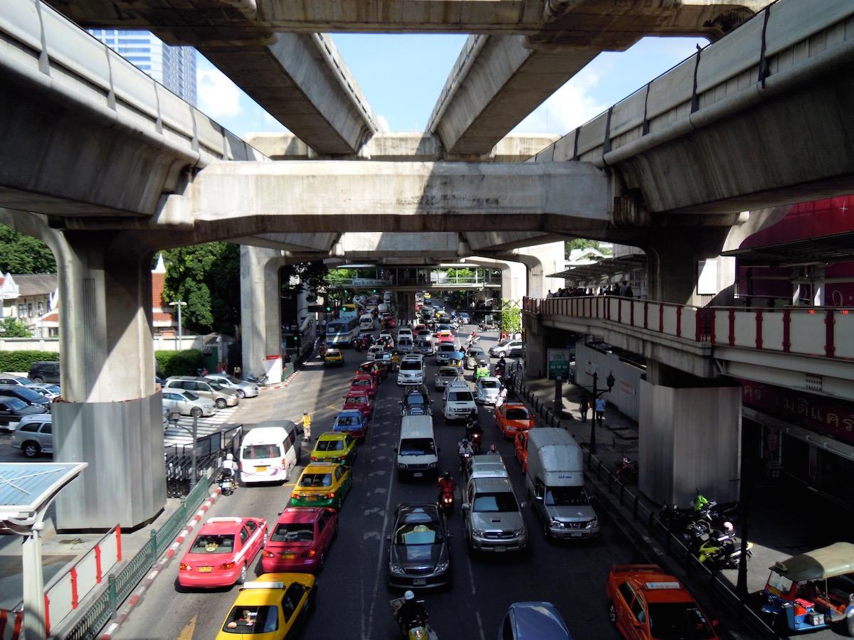 Das pulsierende Bangkok ist ein muss im Thailand-Gayurlaub
