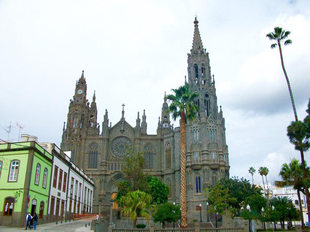 Kirche in Arucas: Iglesia San Juan Bautista