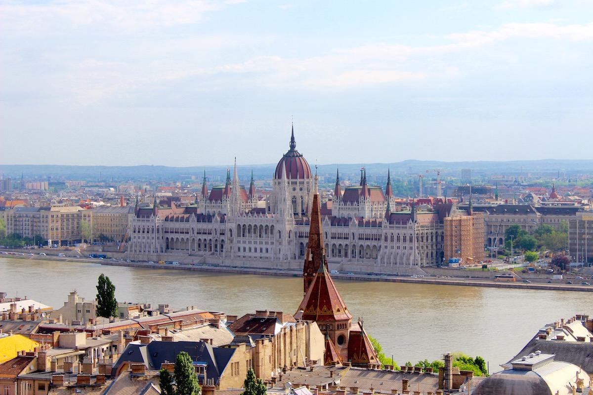 Budapest Gayreisen: In der Stadt gibt es einige Gay Bars, Clubs und Gaysaunen