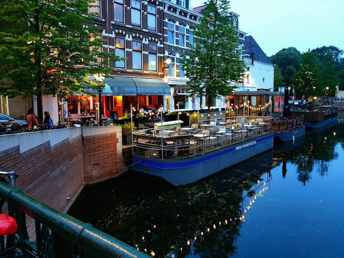 Veenkade - eine schöne Gracht in Den Haag