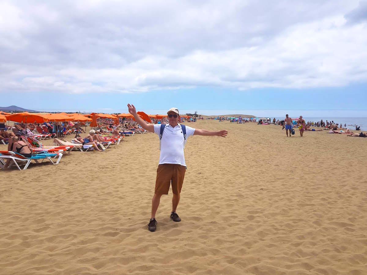 Gran Canaria im Sommer: Volle Strände und sengende Sonne