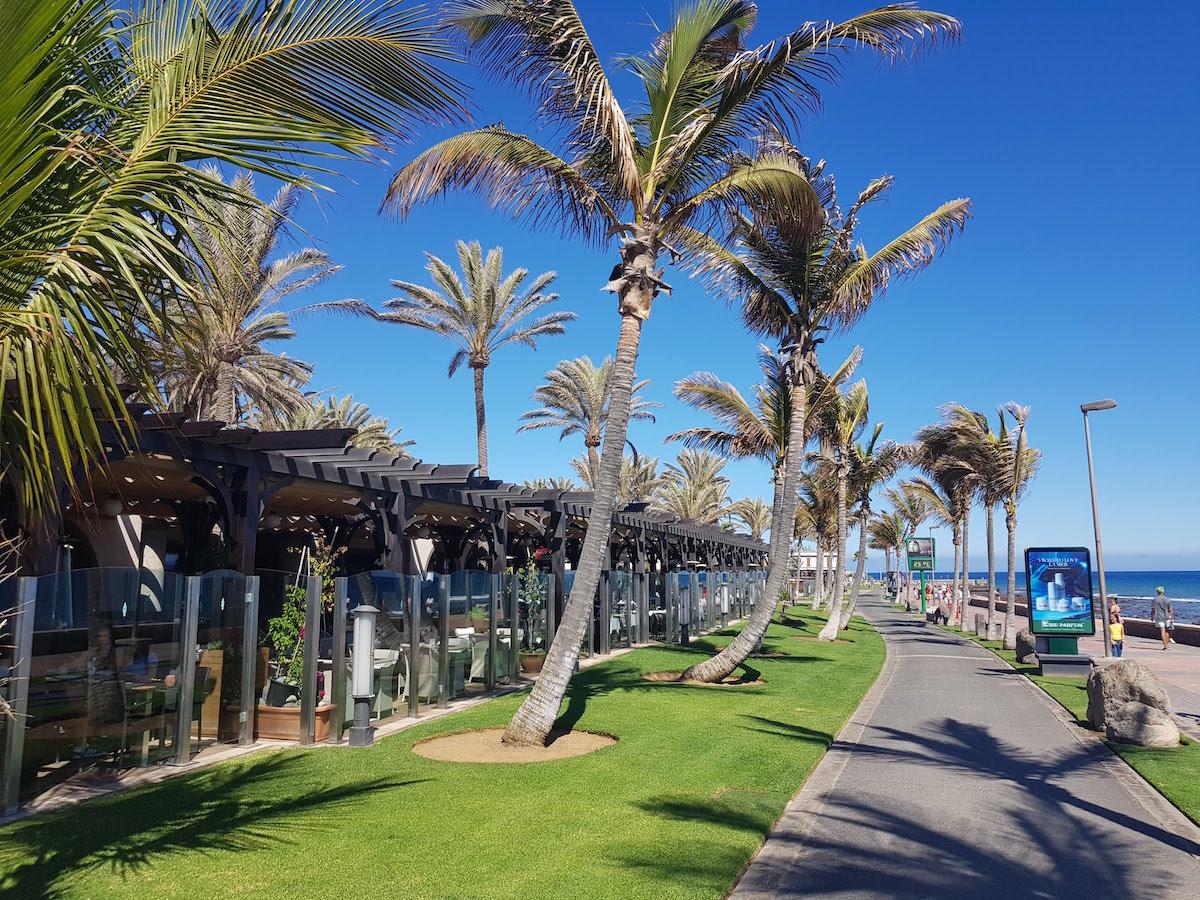 Maspalomas: Der elegante Boulevard Faro in Meloneras