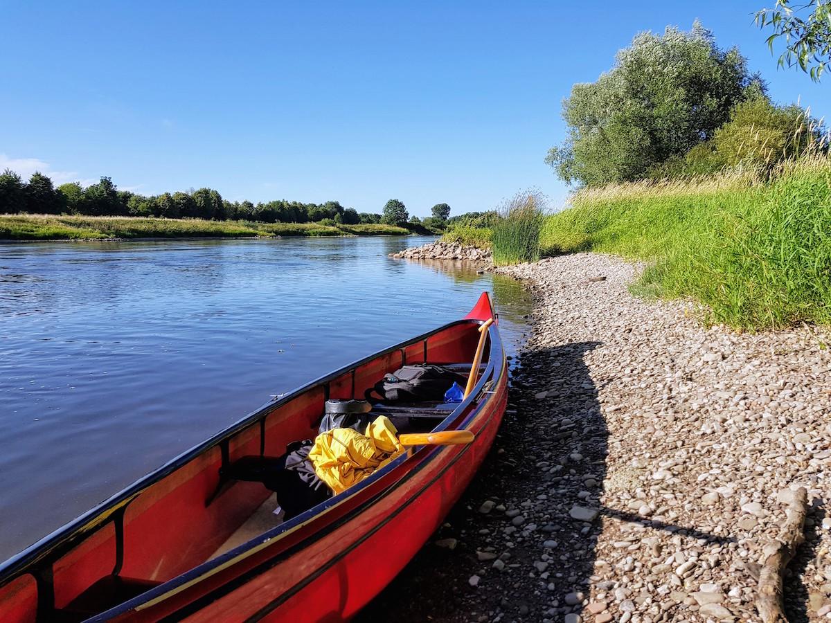 Paddeln auf der Weser: Badestopp