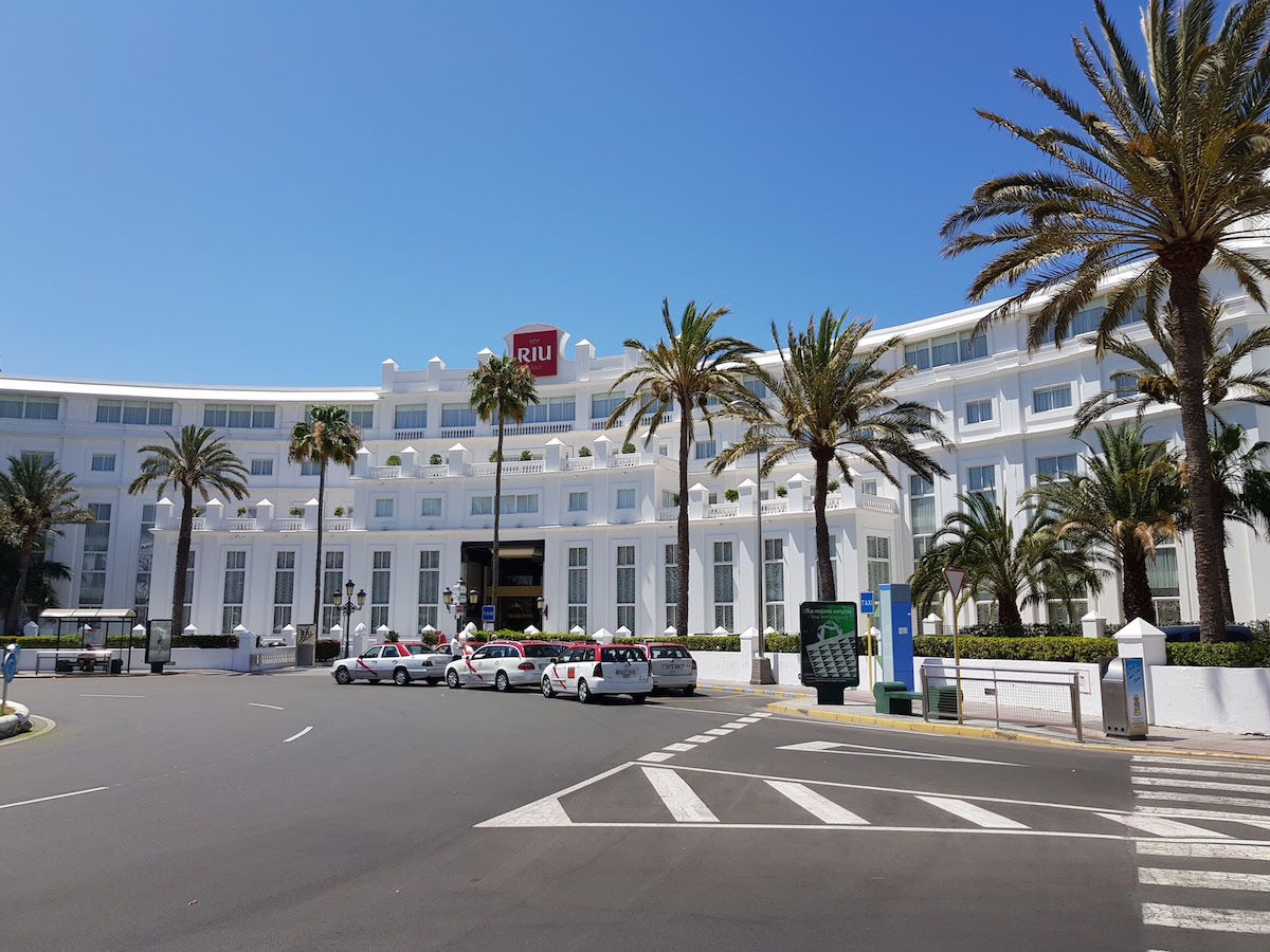 Dieses Hotel in Playa del Ingles könnte auch in Florida stehen