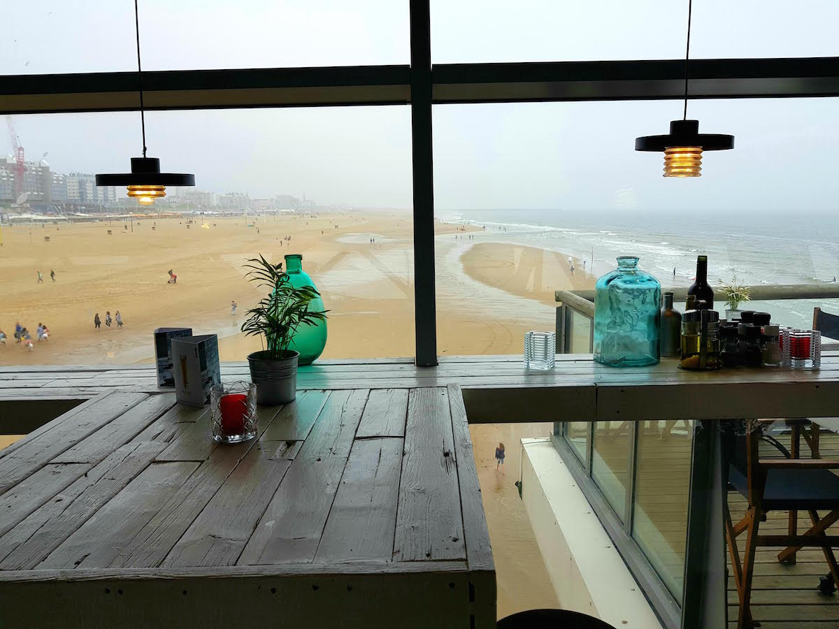 Auf dem Pier in Scheveningen gibt es viele tolle Cocktail-Bars und eine grandiose Aussicht