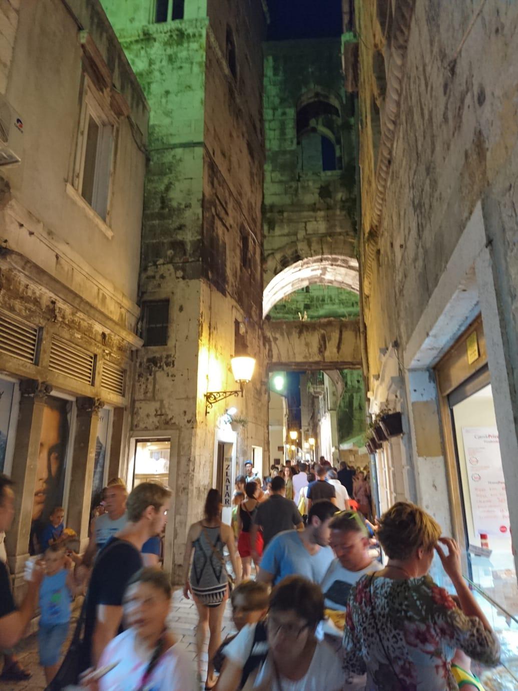 Split Gayreisen: Die Stadt in Dalmatien bietet auch gayfriendly Hotels
