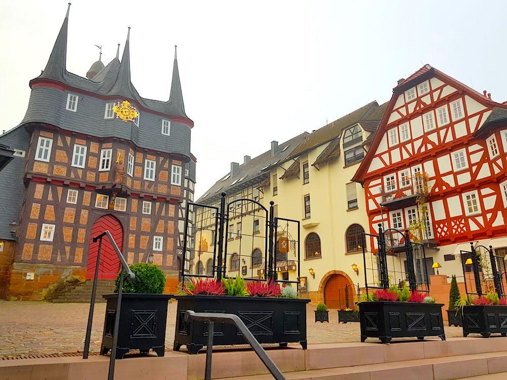 Liebhaber von Fachwerkhäusern kommen im Sauerland auf ihre Kosten