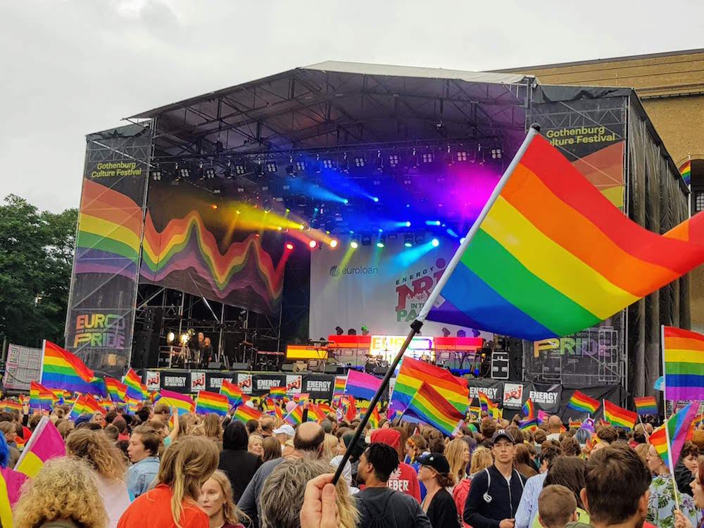 Lesben und Schwule in Göteborg feiern den Westpride
