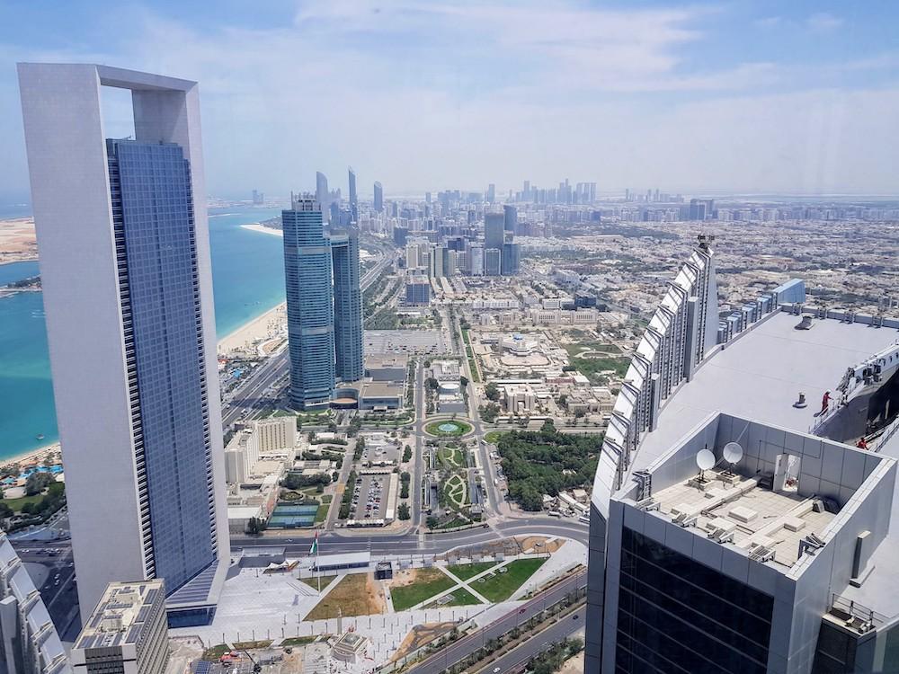 Abu Dhabi Skyline und Corniche