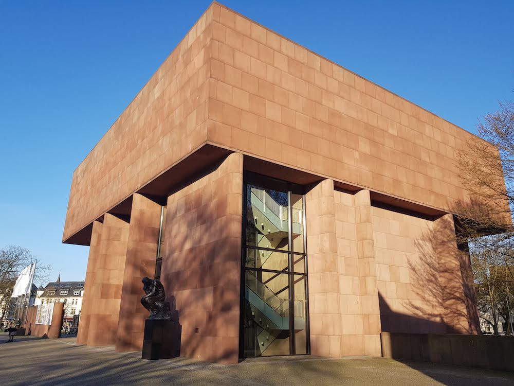 Gayurlaub Bielefeld: Ein Besuch in der Kunsthalle gehört dazu