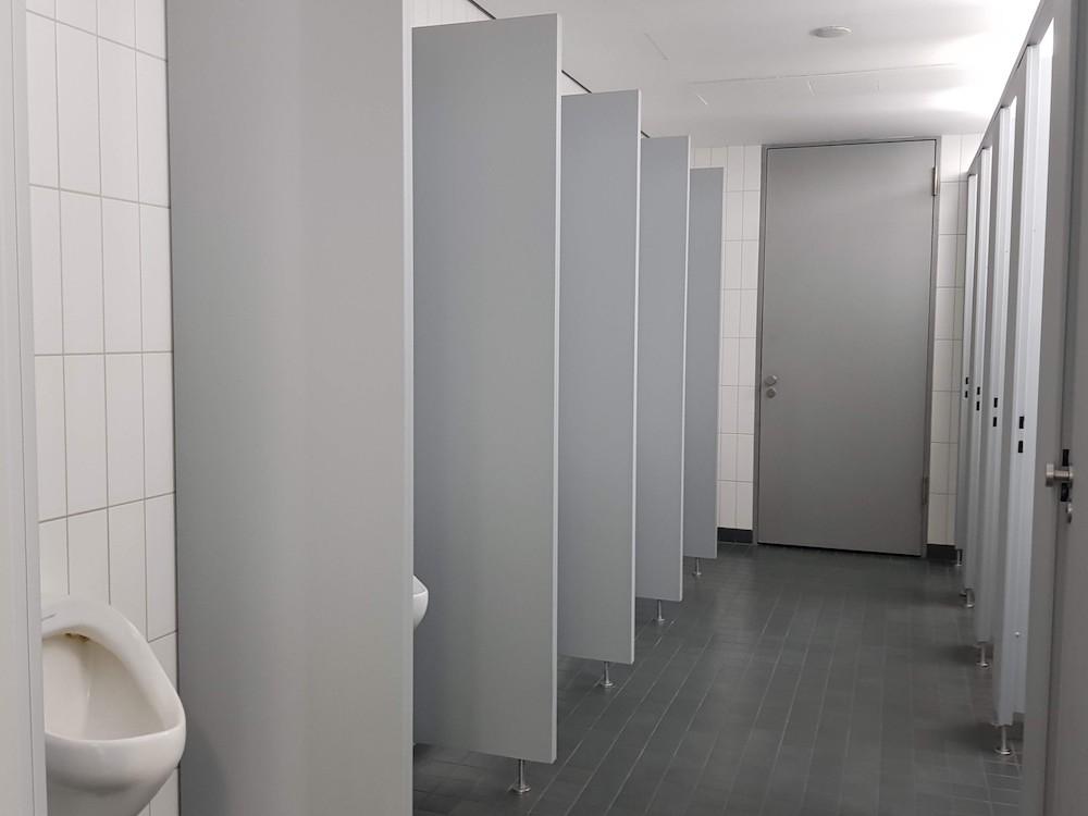 """Öffentliche Toiletten (""""Klappen"""") sind beliebte Cruising Areas"""