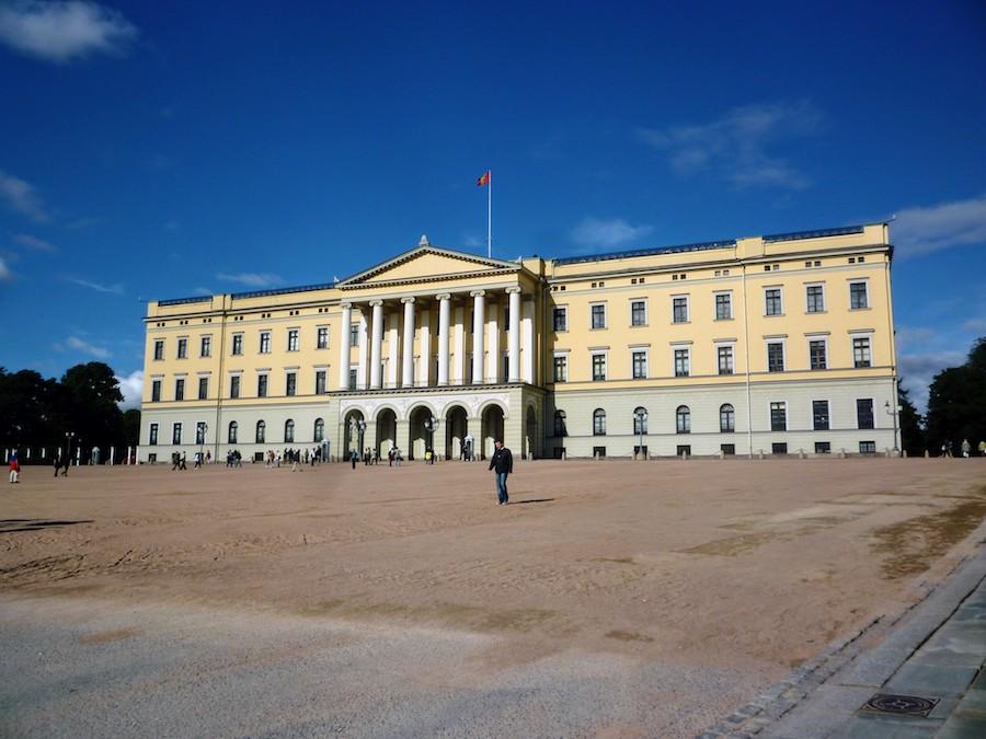 Schwule Reisen nach Skandinavien: Königspalast in Oslo
