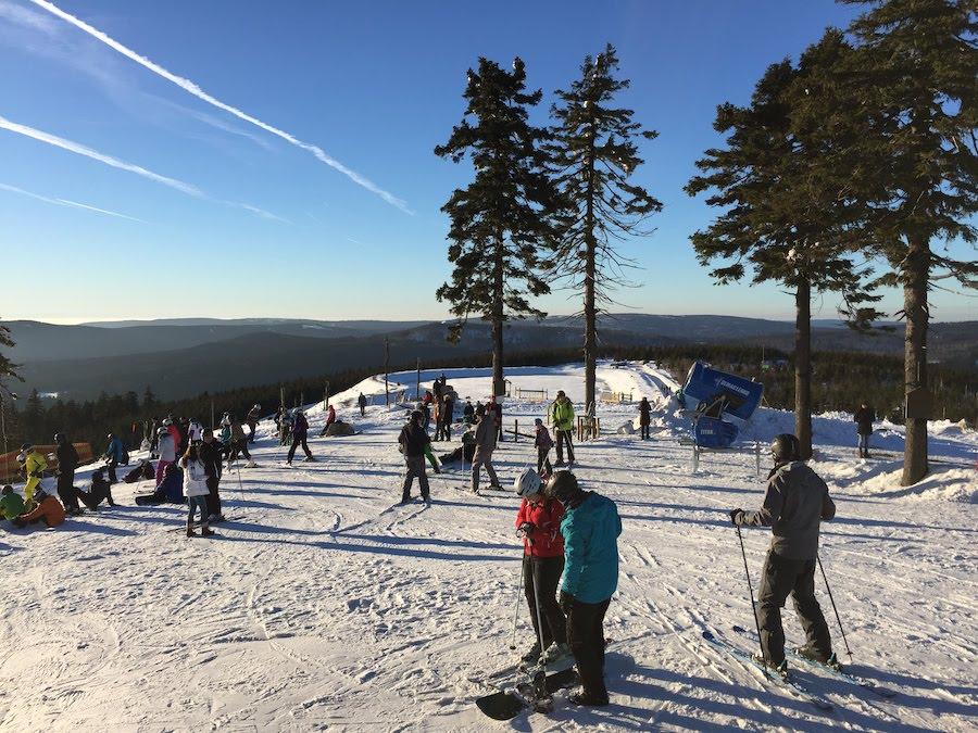 Schwule Reisen im Harz: Skifahren im Winter!