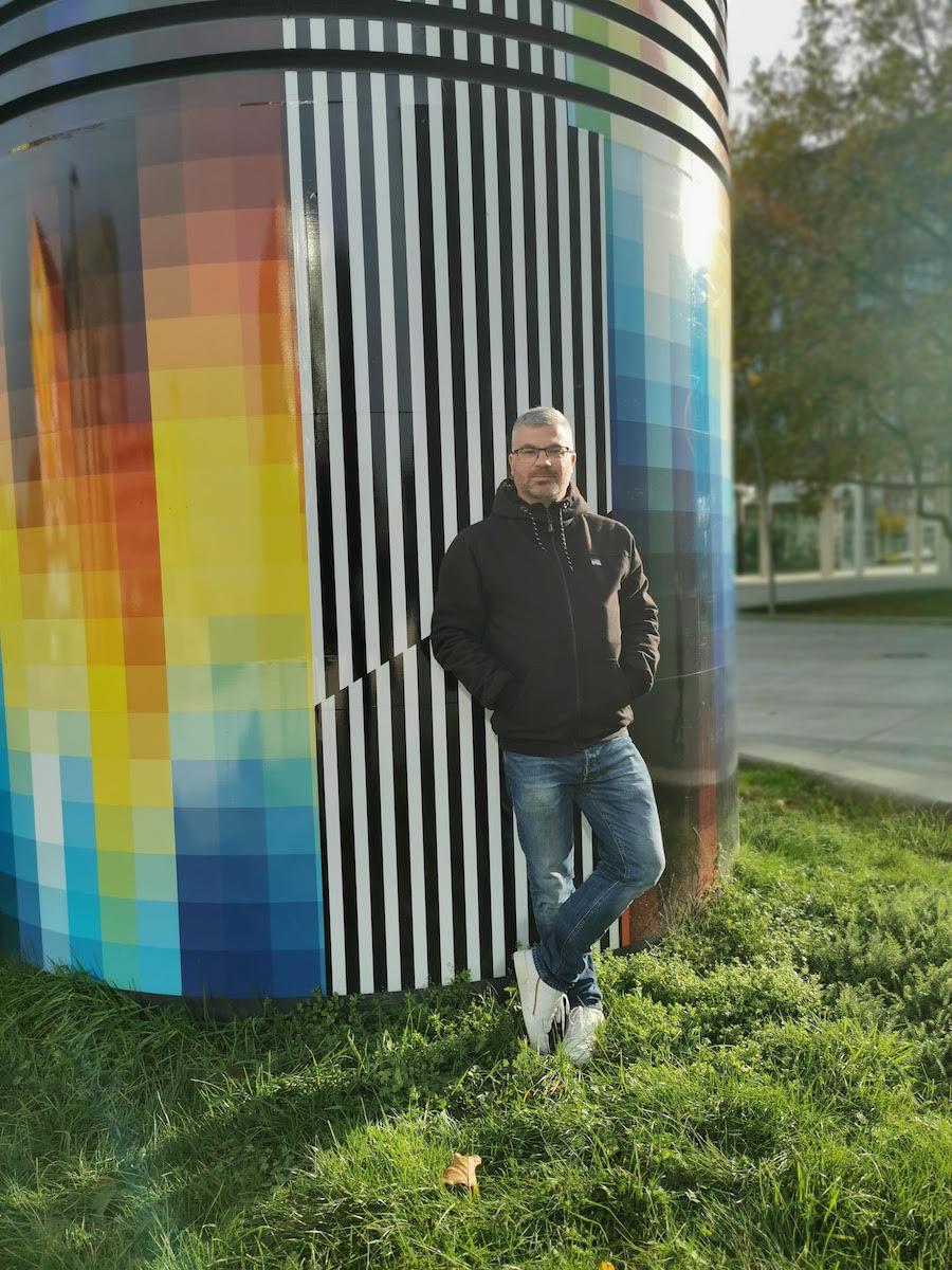 Regenbogenfarben vor dem Dortmunder U