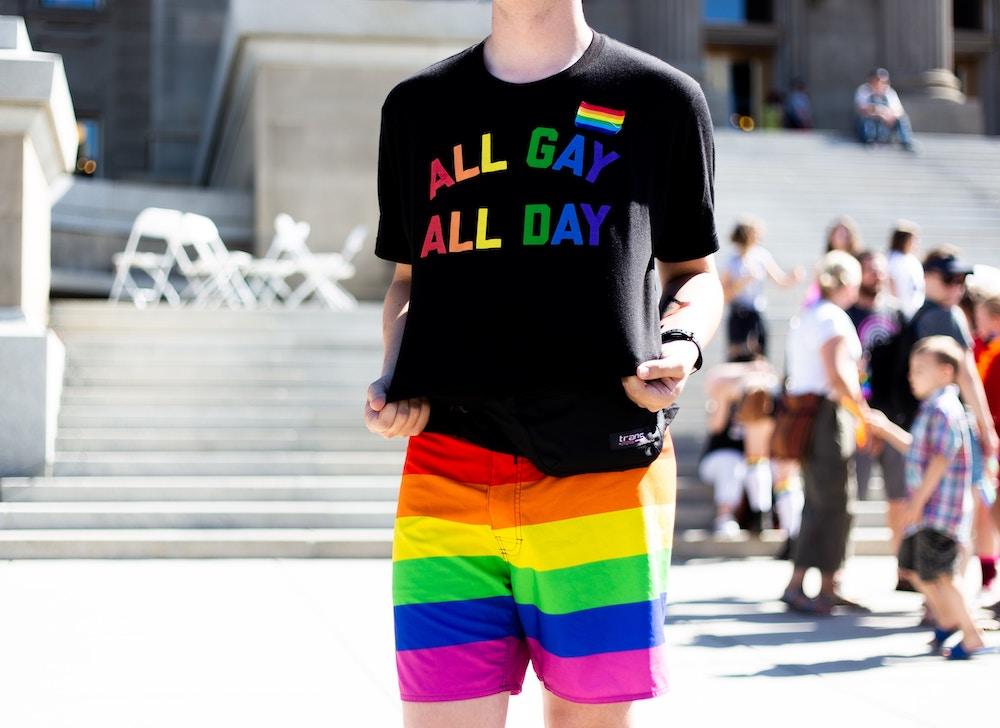 Die besten CSD-Outfits: Kleidung für schwule Männer