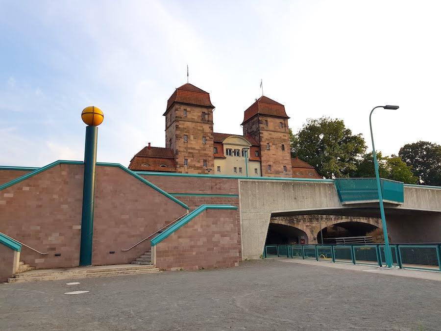Schachtschleuse & Wasserstraßenkreuz: 2 Sehenswürdigkeiten in Minden