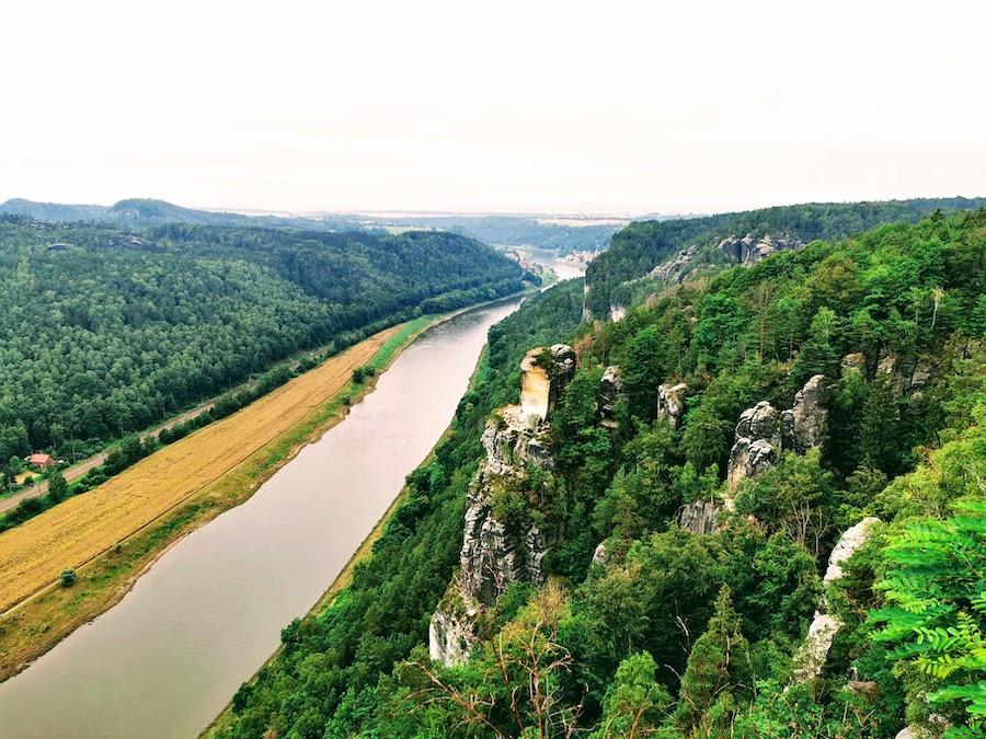 Bastei Sächsische Schweiz: Ausblick auf die Elbe