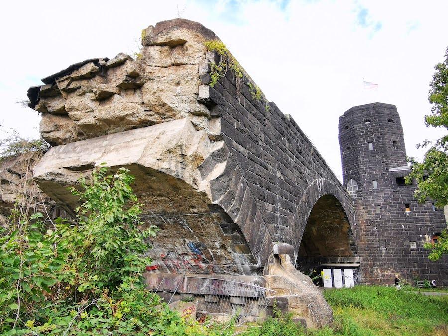 Brücke von Remagen: Ruine als Mahnmal
