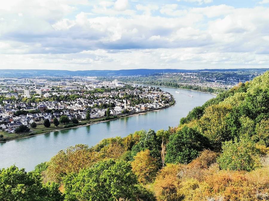 Koblenz: Blick über den romantischen Rhein
