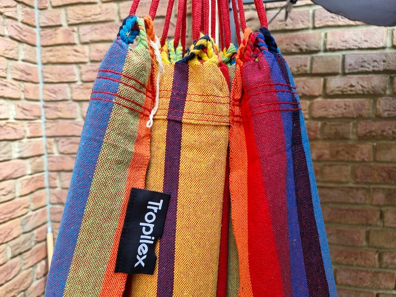Gay Hängematte in Regenbogenfarben